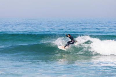 onde adatte tutti liveli surf camp portogallo