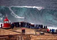 tour nazaré surf camp portugal